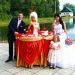Леди-фуршет - красный стол